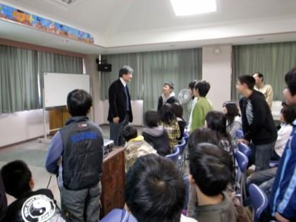 20081218山東小学校授業中.jpg